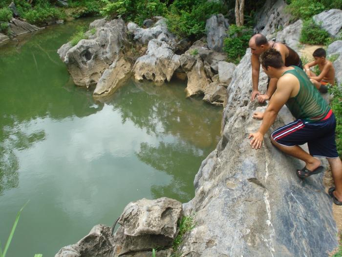 el río Cuyaguateje es el principal atractivo del campismo Salto de los Portales