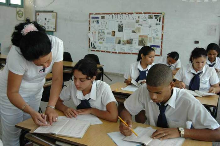 En las escuelas cubanas es una premisa fortalecer valores