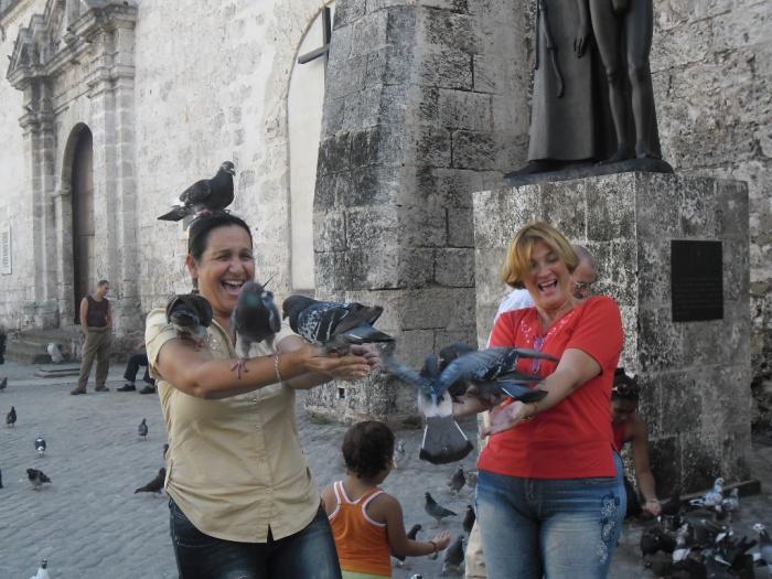 Día de jolgorio en la Habana Vieja