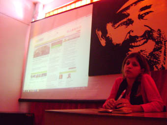 María del Carmen Ramón Sánchez. Periodista de Cubahora se refirió entre otros aspectos a las redacciones integradas y a cómo realizan el trabajo en Cubahora