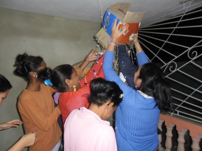 La improvisada piñata para niños y adultos