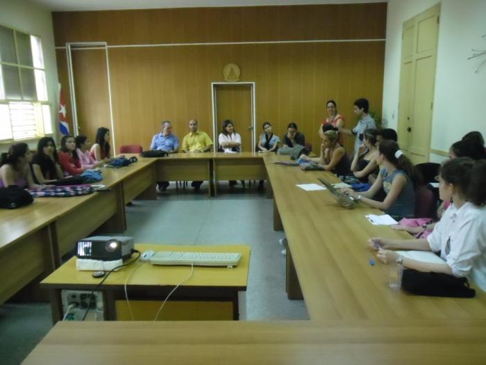 el coloquio con los estudiantes de la universidad Hermanos Saíz de Pinar del  Río
