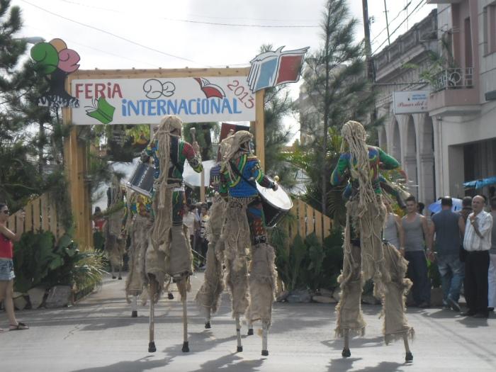 Inaugura la Feria del Libro el Grupo TECMA