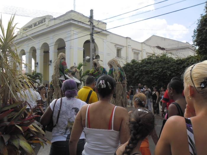 Fria del Libro en Pinar del Río dedicada a Angola como país