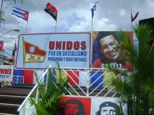 La tribuna para el desfile de Primero de Mayo en Pinar del Río