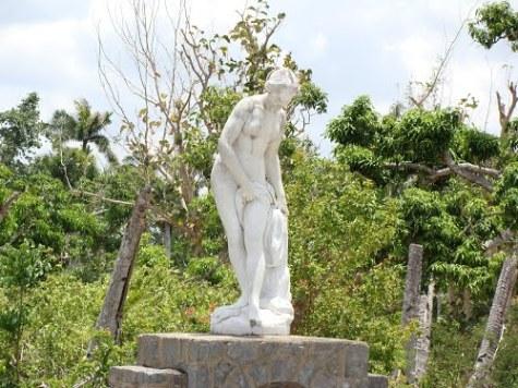 La construcción de este parque conocido como Parque La Güira, fue precisamente la obra de mayor trascendencia.