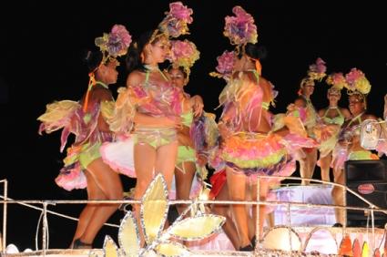 Una de las carrosas de los carnavales de Pinar