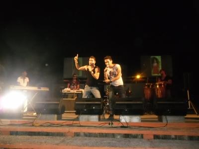 Durante la presentación en la Plaza de Pinar del Río de Bony y Kely