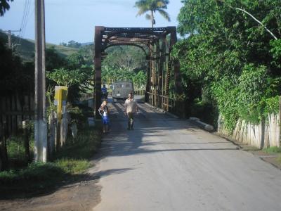 el puente de hierro de Cabeza, ya emblemático