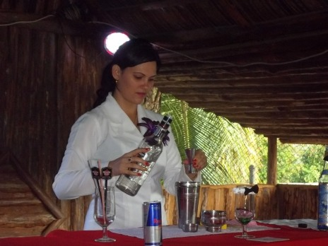 Las mujeres pinareñas también forman parte de la Asociación de Cantineros con una excelente labor