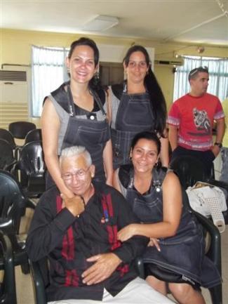 Junto a Carlos Orlando Suárez, presidente de la Asociación de Cantineros de Pinar del Río