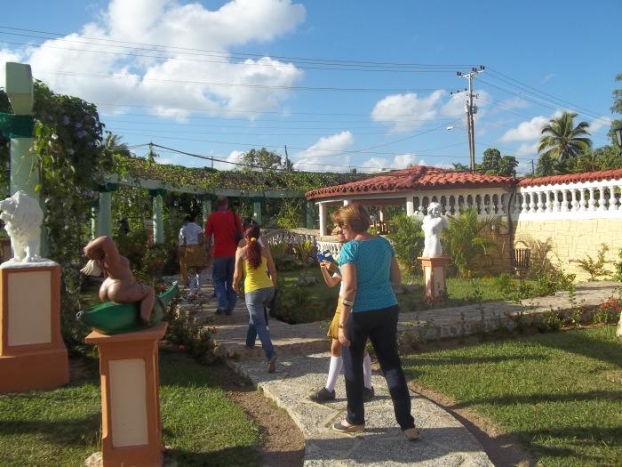 Parte del recorrido por el proyecto Fidias de la capital de Pinar del Río
