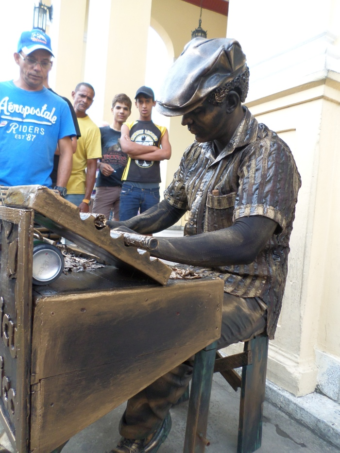 las estatuas que habitan hoy la ciudad de Pinar del Río