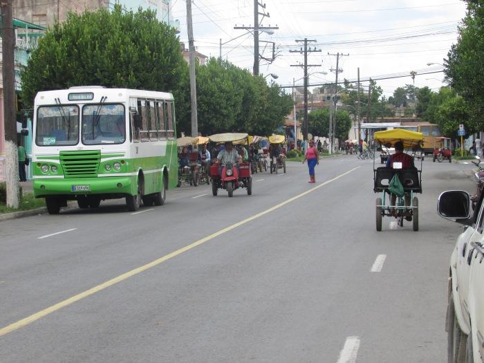 ajetreo en la ciudad de Pinar del Río