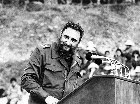 Fidel Castro Ruz, en la celebración nacional por el Día de los Niños, en el Campamento Provincial de Pioneros Exploradores, Comandante Pinares, en Loma del Taburete, Candelaria, Pinar del Río, el 18 de julio de 1982