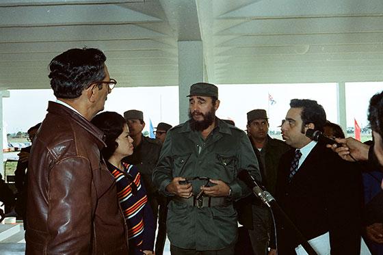 Fidel Castro Ruz, en la inauguración del IPVCE Federico Engels, el 27 de enero de 1978, junto a él Julio Camacho Aguilera, Primer Secretario del PCC en la provincia