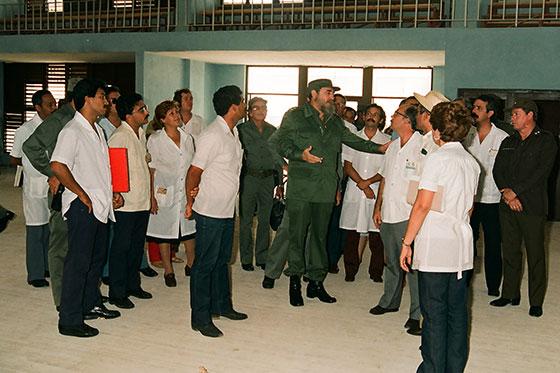 Fidel Castro Ruz en Ciencias Médicas el 30 de abril de 1988