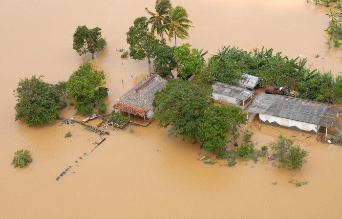 Vista aérea de las inundaciones provocadas por las lluvias de los últimos días en territorio del occidente de Pinar del Río, el 6 de junio de 2013. AIN FOTO/Abel PADRÓN PADILLA/ogm